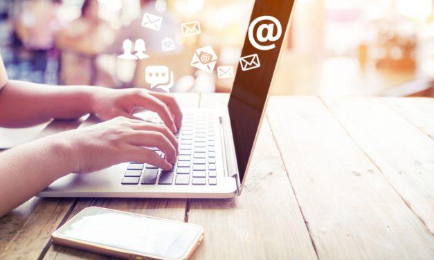 Chatten wie ein Weltmeister – Studentenjob als Kundenbetreuer (m/w/d) via Chat
