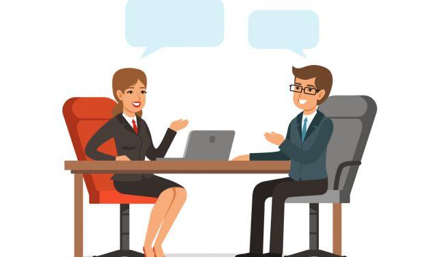 Interviewer für telefonische Kurzinterviews